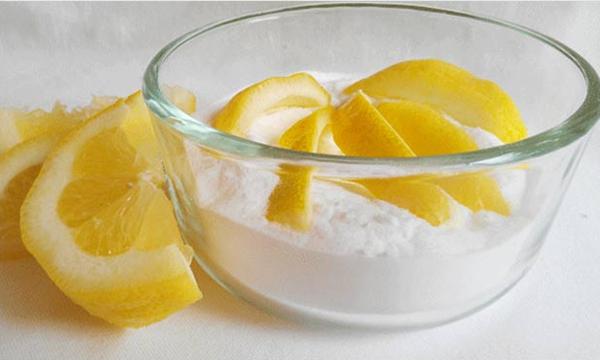 Cách tẩy tế bào da chết từ nước cốt chanh và muối