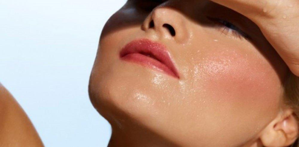 Dấu hiệu của những người da mặt nhờn