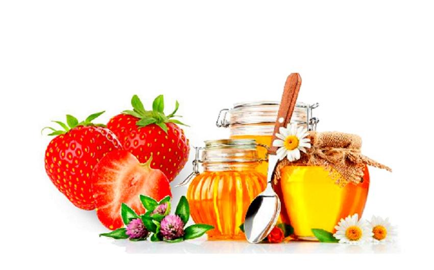 Cách tẩy da chết cho mặt từ thiên nhiên từ dâu tây và mật ong