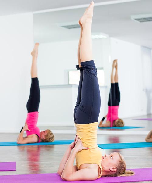 Sarvangasana - Bài tập yoga trẻ hóa làn da