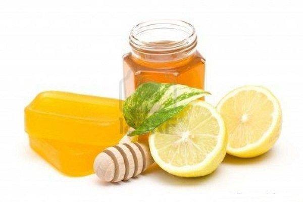 Hỗn hợp mật ong và nước cốt chanh