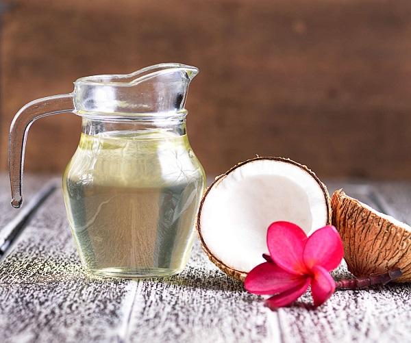 Dầu dừa có tác dụng dưỡng ẩm