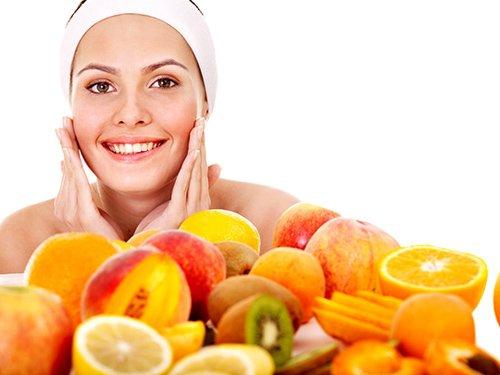 Vitamin C rất cần thiết với làn da