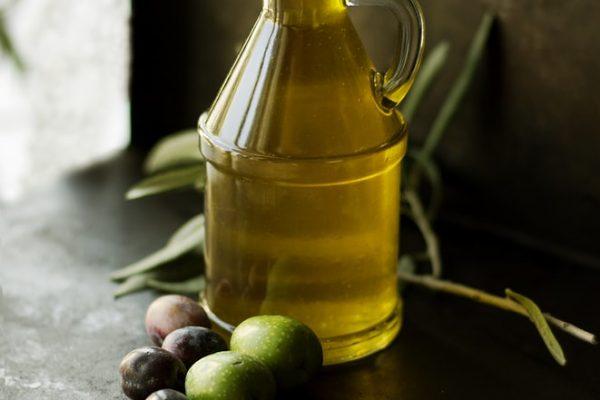 Hướng dẫn chi tiết tự làm kem dưỡng da mặt với dầu dừa