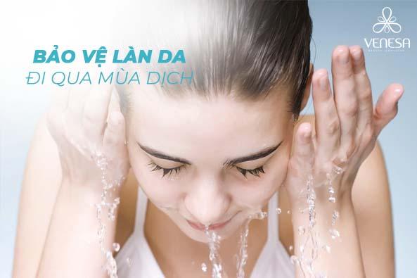 Làm sạch da là bước cần đặc biệt chú trọng trong khi chăm sóc da tại nhà