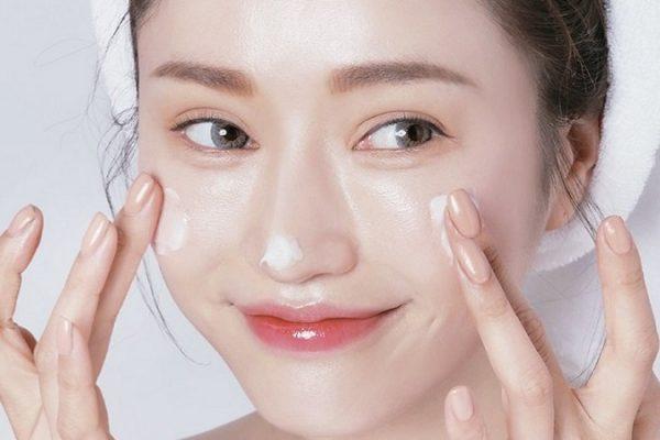 Massage mặt thường xuyên có tốt không?