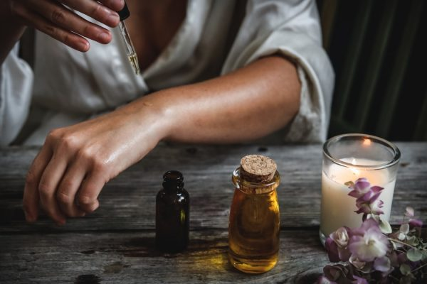 Dầu oliu – Giải pháp chống lão hóa da đơn giản tại nhà