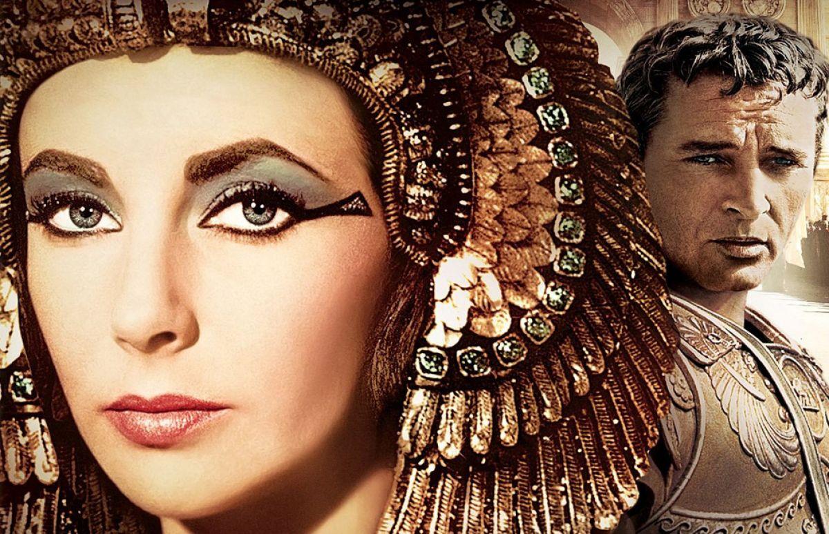 Bỏ ra 2 phút học cách chống lão hóa da của nữ hoàng Cleopatra