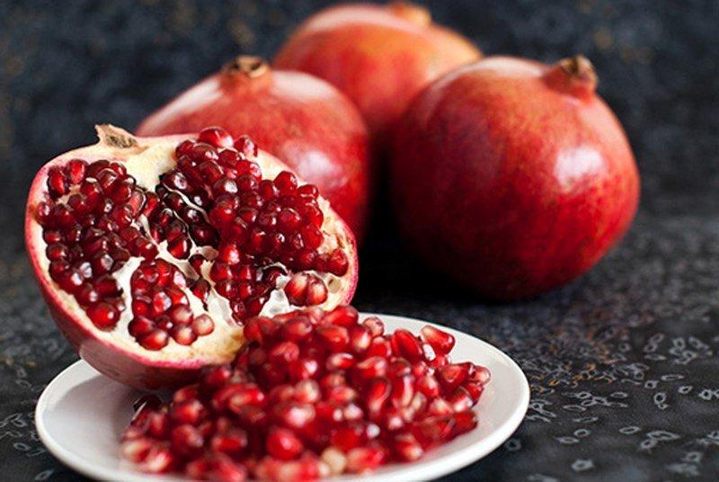 Quả lựu-thực phẩm giúp trẻ lâu