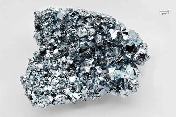 Bột bạch kim là gì? Bạch kim là gì? Công dụng của bạch kim với da